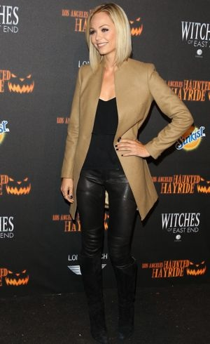Laura-Vandervoort-5th-Annual-Los-Angeles-Haunted-Hayride-Premiere-Night-Oct-2013
