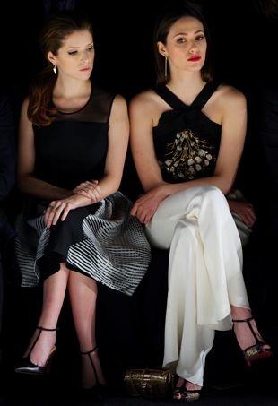 Anna-Kendrick-and-Emmy-Rossum-Mercedes-Benz-New-York-Fashion-Week-Fall-2014-Carolina-Herrera-portrait-cropped