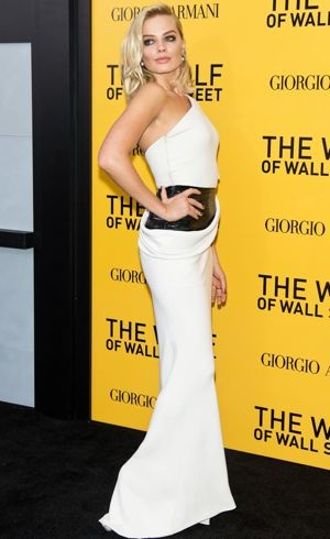 Margot-Robbie-New-York-City-Premiere-of-The-Wolf-of-Wall-Street-Dec-2013