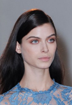 Beauty Report: Bronzed Eyes Shine at Emilia Wickstead Fall 2014