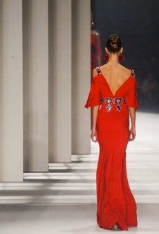 Carolina Herrera Fall 2014: A Lesson in Geometry (Runway Review)