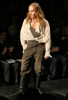 Link Buzz: John Galliano Isn't Taking a Job with Oscar de la Renta; Joe Zee May Be Heading to Yahoo