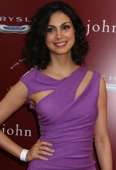 Morena Baccarin Gets Wrapped Up in Kevan Hall's Lilac Jersey Dress