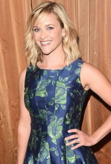 Reese Witherspoon Blossoms in Oscar de la Renta's Blue and Green Floral Dress
