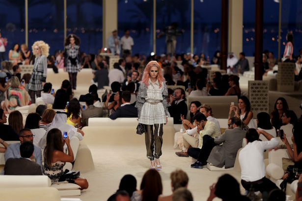 Chanel Cruise 2015 runway