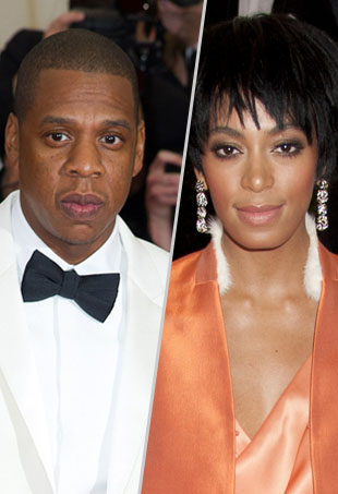 Does This Video Show Solange Knowles Kicking the Crap Out of Jay Z?