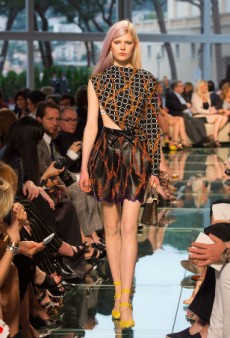 Not Your Mom's 70s at Louis Vuitton Resort 2015 (Runway Review)