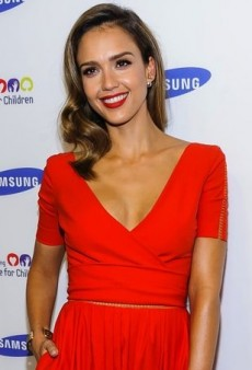 Jessica Alba Charms in a Fiery Preen Fall 2014 Dress