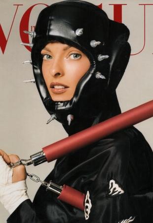 flashback-vogue-italia-february-2003-linda-evangelista-steven-meisel-portrait