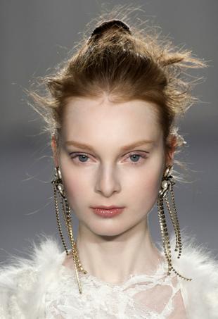 Marchesa fall runway 2014 hairstyle