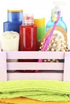 What's in Your Shower Caddy? How to De-Clutter Your Bathroom for College