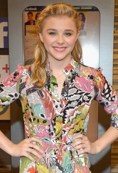 Chloë Grace Moretz Goes Slightly Psychedelic in Jonathan Saunders