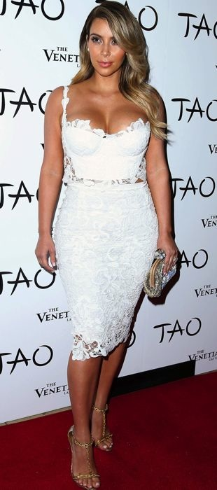 Kim Kardashian in white lace at her Las Vegas birthday party