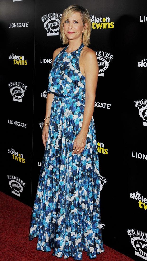 Kristen Wiig wears a floral Peter Som Spring 2012 look