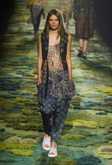 Dries Van Noten Spring 2015 Runway