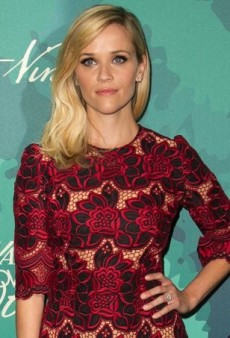 Reese Witherspoon Dials Up the Daytime Drama in Dolce & Gabbana