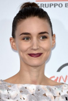 How to Perfect Purple Lips Like Rooney Mara