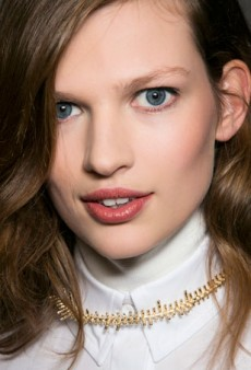 10 Ways to Avoid Chapped Lips This Winter