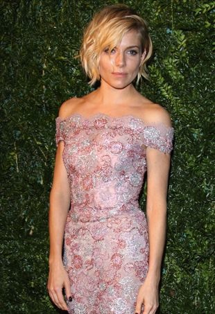 Sienna-Miller-LondonEveningStandardAwards-portraitcropped