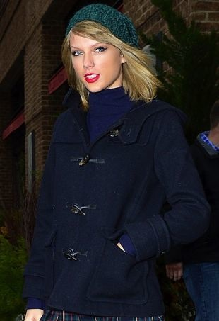 Taylor-Swift-LocandaVerde-portraitcropped
