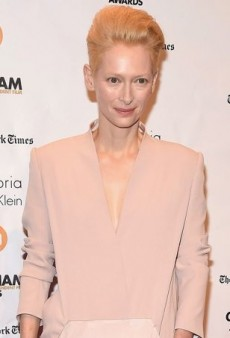 Tilda Swinton Makes a Minimalistic Statement at the Gotham Awards