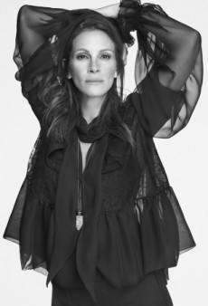 A Makeup-Free Julia Roberts Unexpectedly Lands Givenchy's Spring 2015 Ad Campaign (Forum Buzz)