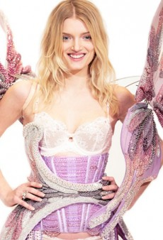A Closer Look at Victoria's Secret's Blingiest Fashion Show Outfit to Date