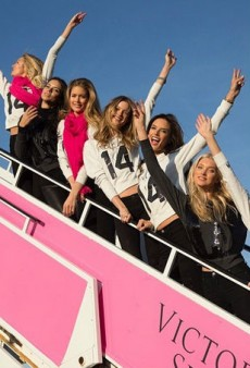 Victoria's Secret Models Land in London, Instagram Absolutely Everything