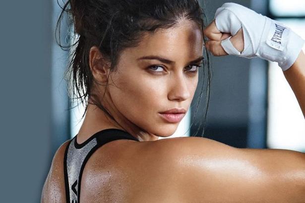 Adrianna Lima; Image: Victoria's Secret