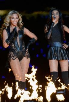 Link Buzz: Michelle Williams Says Beyoncé Isn't Pregnant, Fashion Folks Love a Good Mentor