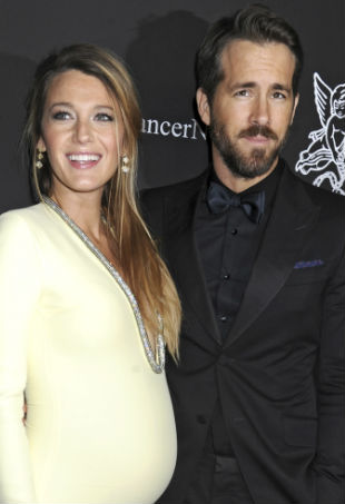 blake-lively-gives-birth-p