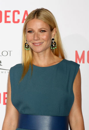 gwyneth-paltrow-v-steam-p