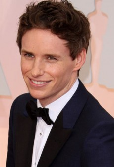 This Picture of Eddie Redmayne as Transgender Artist Lili Elbe is Everything