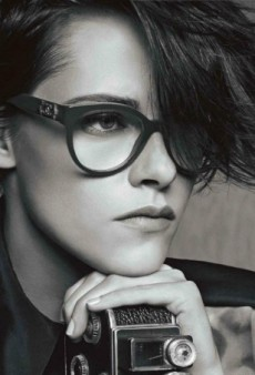 Kristen Stewart Proves She's the Perfect Fit for Chanel (Forum Buzz)