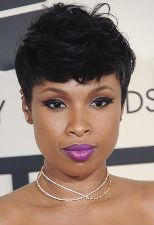 Jennifer Hudson wearing purple lipstick and choker.