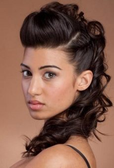32 Pretty and Easy Prom Hairstyles