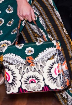 17 Pretty Floral Handbags to Brighten Your Day