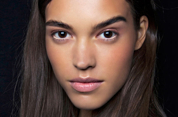 Acne Makeup: How to Cover up a Pimple - theFashionSpot