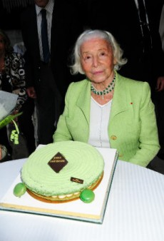 French Couturier Madame Carven Passes Away at 105 Years Old