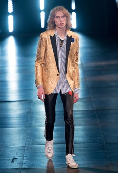 Saint Laurent Men's Spring 2016 Runway