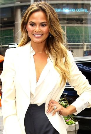 Chrissy-Teigen-NASDAQ-portraitcropped