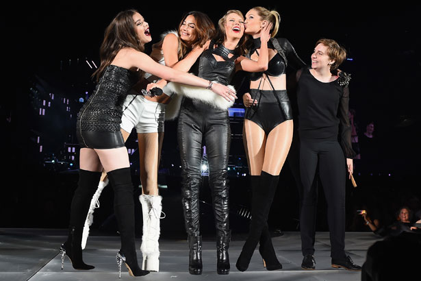 Taylor Swift performs onstage with Hailee Steinfeld, Gigi Hadid, Lily Aldridge and Lena Dunham during The 1989 World Tour Live at MetLife Stadium on July 10, 2015