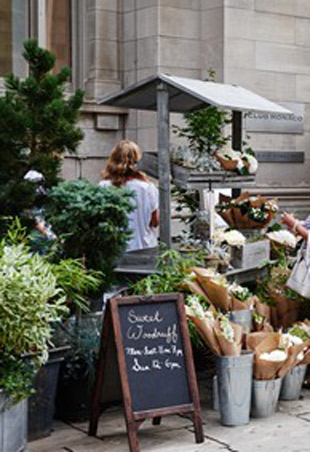 Club Monaco Farmers Market Toronto Bloor Street