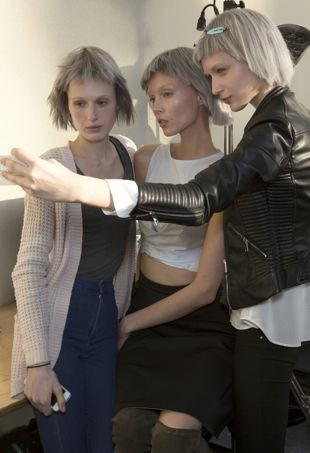 akris-backstage-fall-2015-no-selfie-needed-portraitcropped