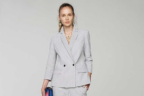 Banana Republic Spring 2016 runway