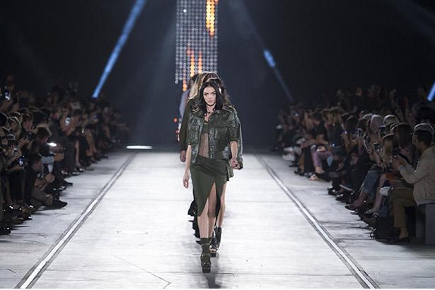 Versace Spring 2016 runway
