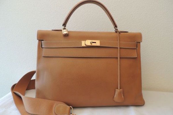 Vitnage Hermes bag on Instant Luxe designer resale site