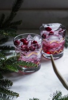 8 Healthy Holiday Cocktails to Make Right Now