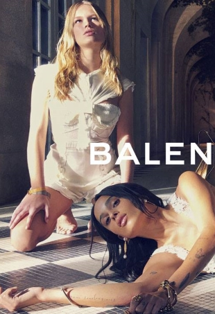 Balenciaga S/S 2016 : Anna Ewers & Zoe Kravitz by Steven Klein