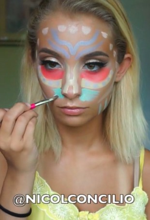 color correcting makeup trend  thefashionspot